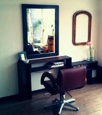 おでこの広いメンズに似合う髪型!美容室で成功する注文方法。