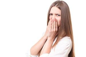 頭皮の臭いを消す人気ヘアミスト !ニオイの原因を改善する2つの効果