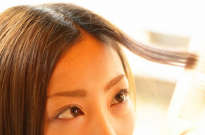 シースルーバングの作り方!前髪の切り方一つでトレンドな髪型に!