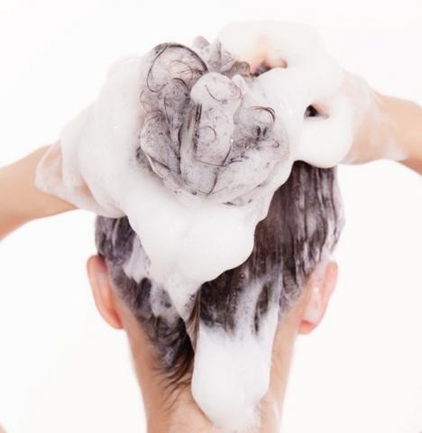 おすすめ頭皮クレンジングのやり方!美容院のヘッドスパ効果が自宅で!