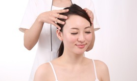 髪が細い女性の改善方法!美容師おすすめの対策。
