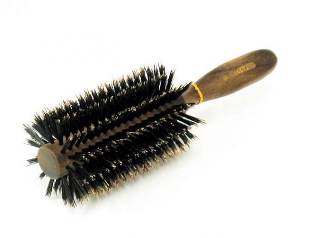 美容師おすすめ!ロールブラシの選び方と使い方