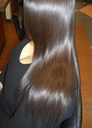 ツヤ髪になるハホニコトリートメントの効果!業務用で人気