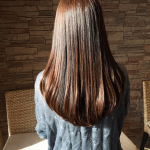 毛量が多い女性にオススメのヘアスタイル!髪のボリュームを抑える方法