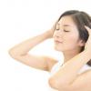頭皮の痒みの原因を改善する方法!頭皮の悩みは美容師にお任せあれ